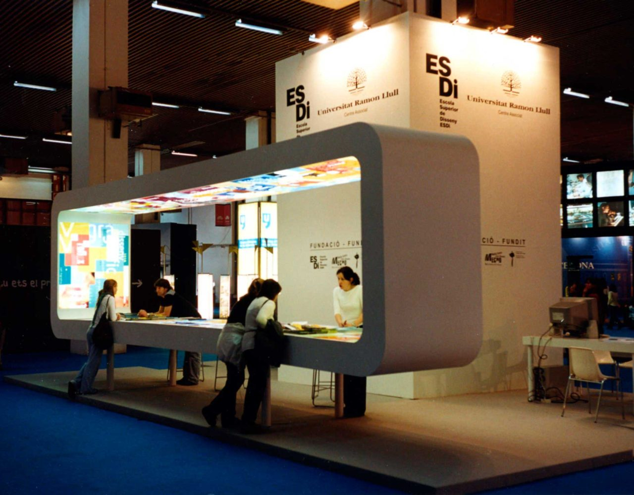 stand111